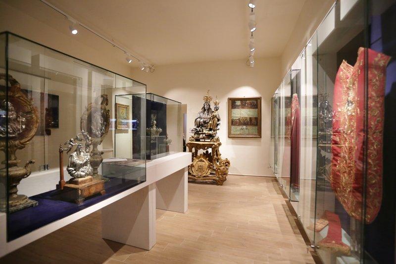 Apertura regolare Museo